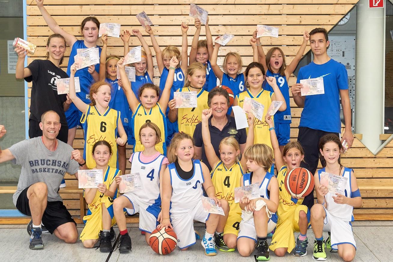 http://basket-bruchsal.de/images/2017-09-23-WU10-Turnier-Jubel.jpg